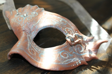 Half-mask Masquerade